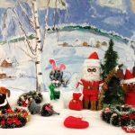Рождественская выставку рисунков и поделок